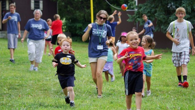Campers running and playing, Carson Simpson Farm