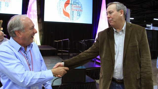 Clif Christopher shaking hands at 2015 Annual Conference