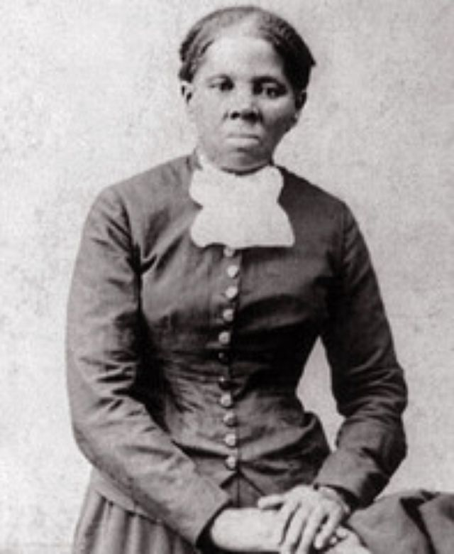 how many slaves did harriet tubman save