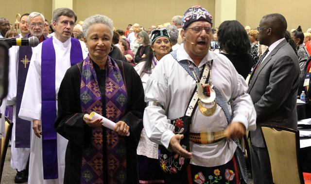 Worship leaders during the Opening Worship Procession, 2016 EPA Annual Conference.