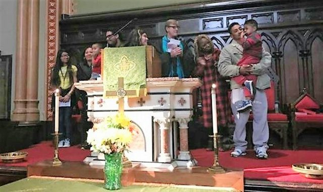 Phila. church offers sanctuary to shield father from deportation