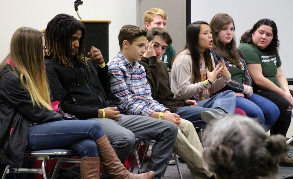Youth Rally teaches thousands lessons on love